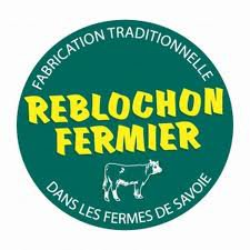 fabrication traditionnelle reblochon fermier en Savoie
